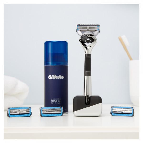 Подарочный набор Gillette Fusion5 ProShield Chill Premium Edition (бритва+3кас+гель+подставка)